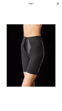 Flexees 2355M Easy-Up Thigh Slimmer Size Small Black