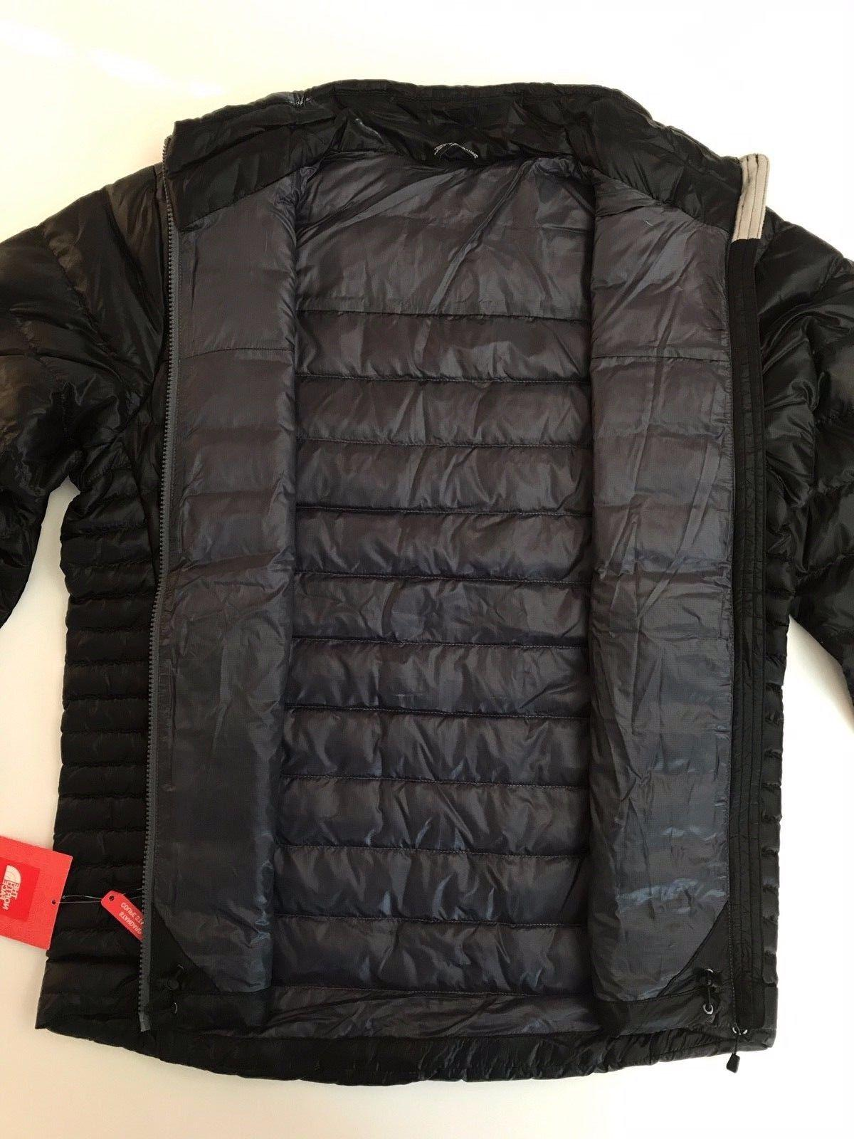 The North Flare 550 Jacket TNF