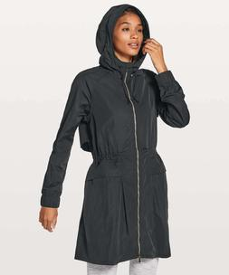 Lululemon Women's Pack And Glyde Jacket Rain Black